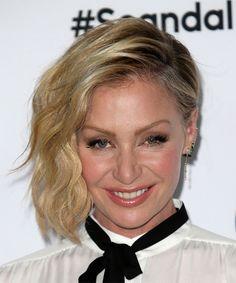 Portia De Rossi Medium Wavy Hairstyle - Medium Blonde