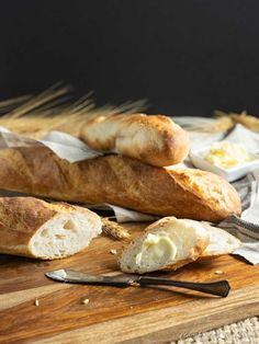 Fresh bread is at your fingertips with this Easy Homemade Baguettes recipe. They're crusty, chewy and easy to make right at home in about 4 hours. Croissant, Homemade Baguette Recipe, Baguette Appetizer, Baking Stone, Fresh Bread, Original Recipe, Clean Eating Snacks, Healthy Snacks, Tray Bakes