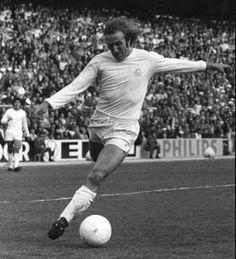 NETZER jugó en el Real Madrid de la temporada 1973 a la 1976