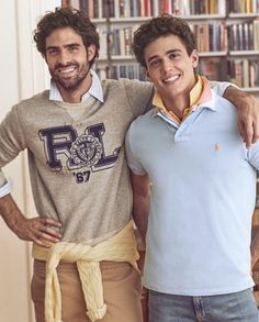 Juan y Xavier Polo Shirt Outfits, Polo Outfit, Preppy Outfits, Preppy Style, Preppy Boys, Style Men, Juan Betancourt, Xavier Serrano, Popped Collar