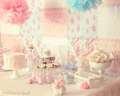 I can easily make this backdrop for the tea party