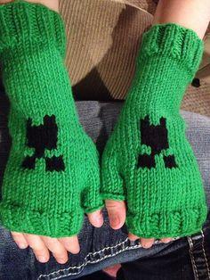 Ravelry: jenniferkm's Minecraft Creeper fingerless gloves