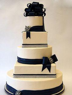 rhinestone+wedding+cake+banding | ... of Using Crystal Cake Banding On Wedding Cakes - Crystals R Us Blog