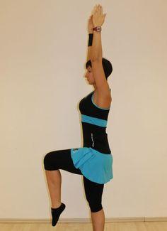 Edzés otthon: 27 gyakorlat, ha fáj a hátad | nlc Trx, Ballet Skirt, Sports, Fashion, Hs Sports, Moda, Tutu, Fashion Styles, Sport
