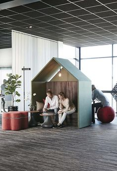 The Hut office booth | Acoustic office Hut | Half a Hut booth