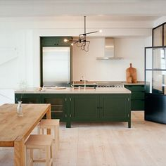 kitchen island and color massing