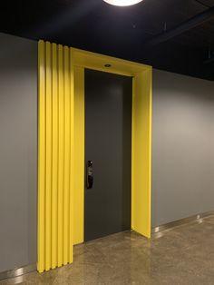 Office Interior Design, Office Interiors, Interior And Exterior, Staircase Lighting Ideas, Little Girl Bedrooms, Hotel Corridor, Corridor Design, Recording Studio Design, Office Lounge