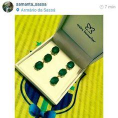 A blogueira @samanta_sassa postando sua escolha para a copa #brasil #brincosmairabumachar #nalojapraiadocanto #nalojavirtual #mairabumachar #designerdejoias @Maira Bumachar