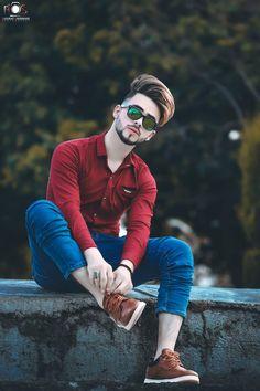 Cool Boy New Poses Pic Photography Poses Poses for boy Photo Pose For Man, Cute Boy Photo, Stylish Girls Photos, Stylish Boys, Beautiful Boy Image, New Photo Style, Photoshoot Pose Boy, Smart Boy, Cute Boys Images
