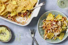 Tortillachips-schotel met pulled chicken Healthy Diners, Pulled Chicken, Kids Menu, Tortilla Chips, Lasagna, Love Food, Snacks, Dining, Ethnic Recipes