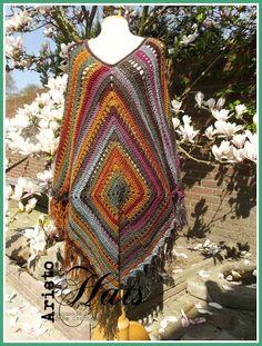 José Crochet: Update shawls & poncho's http://frame.bloglovin.com/?post=4341052758&group=0&frame_type=a&context=&context_ids=&blog=4707885&frame=1&click=0&user=0