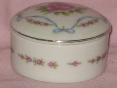 VINTAGE (?) Antique Rose Trinket Box Porcelain Lefton China 02984