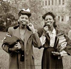 1940s Black Fashion -Schenley-High-School-students-1945