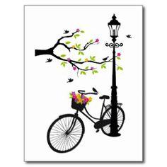 Vieille bicyclette avec la lampe, panier de fleur, cartes postales