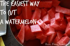 The Easiest Way to Cut a Watermelon! Side Recipes, Real Food Recipes, Food Tips, Food Ideas, Cut Watermelon, Watermelon Recipes, Summer Snacks, Summer Recipes, Easy Meal Prep