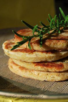 Frittelle di patate e castagne al rosmarino