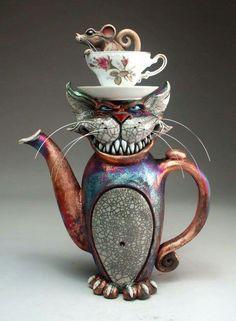 Teapot Cheshire Cat Raku Pottery folk art sculpture by face jug maker Grafton Raku Pottery, Pottery Art, Pottery Teapots, Teapots Unique, Teapots And Cups, Wow Art, Objet D'art, Chocolate Pots, Sculpture Art