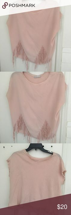 Zara pink crop blouse Loose fitting dressy top  Will look perfect with skinny jeans and heels Wore once Zara Tops Button Down Shirts