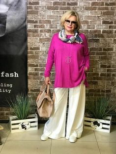 Best Outfits For Women Over 50 - Fashion Trends Over 50 Womens Fashion, New Fashion Trends, Fashion Over 50, Trendy Fashion, Plus Size Fashion, Boho Fashion, Ladies Fashion, Winter Mode Outfits, Winter Fashion Outfits