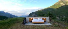 O mais bizarro hotel dos Alpes Suíços é esta... Cama.   Mundo Gump