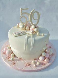 Pretty single tier cake with simple decorations Birthday Cake For Women Elegant, Elegant Birthday Cakes, 60th Birthday Cakes, Happy Birthday Cakes For Women, Elegant Cakes, Birthday Parties, Single Tier Cake, 50th Cake, Mom Cake