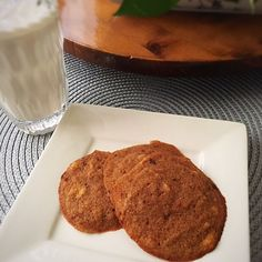 Following the Specific Carbohydrate Diet (SCD) is no easy feat. Try out this delicious soft coconut cookie recipe for a SCD-legal dessert!