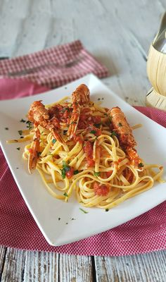 Spaghetti Recipes, Pasta Recipes, Home Recipes, Cooking Recipes, Italian Cooking, Italian Dishes, Meals For One, Gnocchi, Appetizers