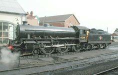 BR (LNER) 'Thompson' B1 class  4-6-0 Steam Trains Uk, Young Lad, Standard Gauge, Steam Railway, Lego Trains, British Rail, Steamers, Steam Engine, Steam Locomotive