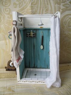 MI MUNDO EN MINIATURA (cute miniature shower)