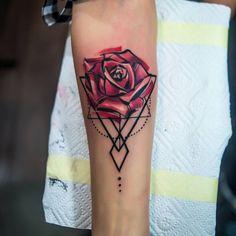 Rose Tattoos, Flower Tattoos, Avengers Tattoo, Tattoo Ideas, Tattoo Designs, Colorful Roses, Peircings, Ideas Para, Watercolor Tattoo