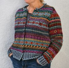 Pattern: 'Orkney ' by Marie Wallin Yarn: Rowan 'Felted Tweed DK' I finished this two weeks ago and forgot to post. Fair Isle Knitting Patterns, Fair Isle Pattern, Knitting Charts, Knit Patterns, Rowan Felted Tweed, Boro, Hand Dyed Yarn, Mantel, Knitwear