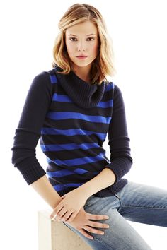 Exactly my style (: Striped cowl Gap, Cool Things To Buy, Lovely Things, Winter Sweaters, Get In Shape, Cowl, Style Me, Hair Color, Turtle Neck