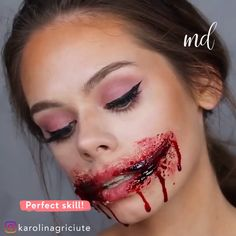 karolinagriciute halloween tutorial perfect ripped makeup either mouth way by RIPPED MOUTH HALLOWEEN MAKEUP TUTORIAL Perfect ripped mouth either way By karolinagriciuteYou can find Halloween makeup looks and more on our website Maquillage Halloween Clown, Halloween Makeup Clown, Halloween Looks, Amazing Halloween Makeup, Halloween Zombie, Halloween Makeup Tutorials, Cute Clown Makeup, Halloween Photos, Halloween Halloween