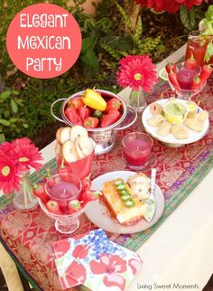 Here's a beautiful table presentation and great tips and idea on how to throw an Elegant Mexican Fiesta Party complete with food, drinks and decoration. #ad #SienteGlade #CollectiveBias: