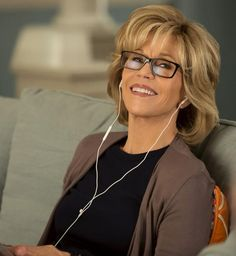 See Jane Fonda in the Trailer for Grace and Frankie | InStyle.com