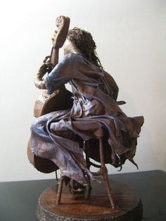 Cellist por Stephaniessculptures en Etsy