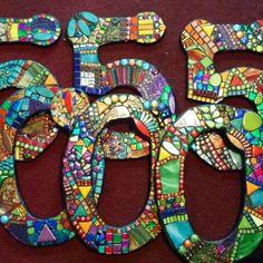 Custom mosaic house numbers by Tina @ Wise Crackin Mosaics