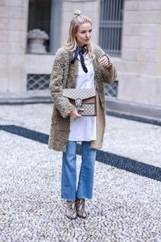 The cutest coat ever Ohh Couture, Denim Fashion, Fashion Outfits, Winter Outfits, Casual Outfits, Leonie Hanne, Estilo Jeans, Snakeskin Boots, Teddy Coat