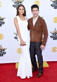 Pin for Later: Seht Taylor Swift, Nick Jonas und alle anderen Stars bei den ACM Awards Olivia Culpo und Nick Jonas