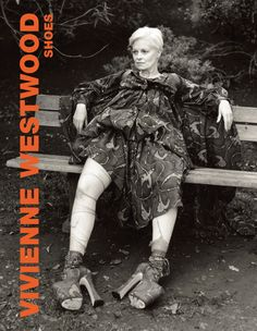 A round-up of key looks and moments from Vivienne Westwood's career, from her punk era collaboration with Malcolm McLaren, through new romantic style and beyond Vivienne Westwood Shoes, Punk Fashion, Fashion News, Fashion Beauty, Fashion Books, Back To Black, Pretty Outfits, Persona, Sexy