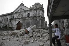 The death toll from a earthquake that struck the central Philippines rose to police said Tuesday, October Philippines Earthquake, Earthquake Zones, Visit Philippines, Manila Philippines, Cebu City, Bohol, Vatican, Barcelona Cathedral, Mount Rushmore