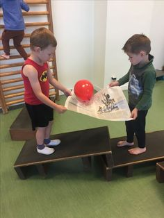 30 Atividades de coordenação motora - Parte 2 - Aluno On Gross Motor Activities, Indoor Activities, Physical Activities, Learning Activities, Preschool Activities, Physical Development, Physical Education, Art Education, Team Building Games