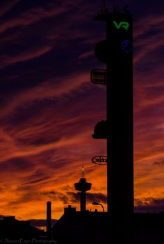That sky yesterday in Tampere. Examples Of Art, Art Nouveau Architecture, Bucket List Destinations, I Want To Travel, Finland, Beautiful Pictures, Tower, Sky, Urban