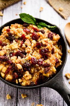 13. Raw Apple Cinnamon Chia Breakfast Bowl #paleo #breakfast #bowls http://greatist.com/eat/paleo-breakfast-recipes-to-eat-by-the-bowlful