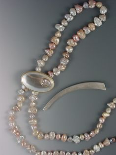#NECKLACE - FRESHWATER PEARLS