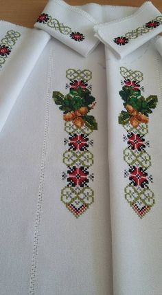 Beaded Embroidery, Cross Stitch Embroidery, Floral Tie, Diy And Crafts, Beads, Ely, Facebook, Flowers, Floral Lace