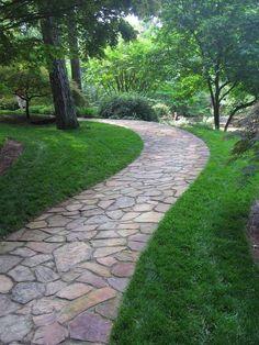 25 Incredible DIY Garden Pathway Ideas You Can Build Yourself To Beautify Your Backyard Backyard Walkway, Front Yard Landscaping, Walkway Ideas, Landscaping Ideas, Path Ideas, Backyard Ideas, Walkway Designs, Concrete Backyard, Natural Landscaping