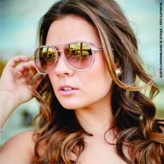 @thaisrossit e seu caso de amor por @jimmychoo by @solaresomegadornier  Foto: @estudioaqua Beleza: @jpmake_up  Parcele em até 10 vezes sem juros pelo PAGSEGURO. 5 lojas em Goiânia. WhatsApp: (62) 9 8198-0111.  #jimmychoo #óculossolar #garantia #óculosjimmychoo #solaresomegadornier #goiânia #luxo #fashion #estilo #lookdodia #entrenamoda #sunnies #tagsforlikes #instafollow