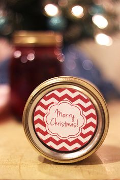 These printable mason jar lid labels make perfect holiday gifts and are great for any type of canning. The labels fit standard mason jar lids