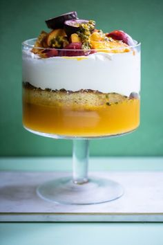 Try our Mango, Passionfruit & Yellow Peach Trifle recipe! Serve this classic dessert to brighten up any Christmas celebration. Buy the ingredients online from Harris Farm. Funnel Cakes, Mango Trifle Recipes, Biscotti, Chocolate Triffle Recipe, Peach Trifle, Brownies, Bacon Crisps, Dessert Crepes, Great Desserts